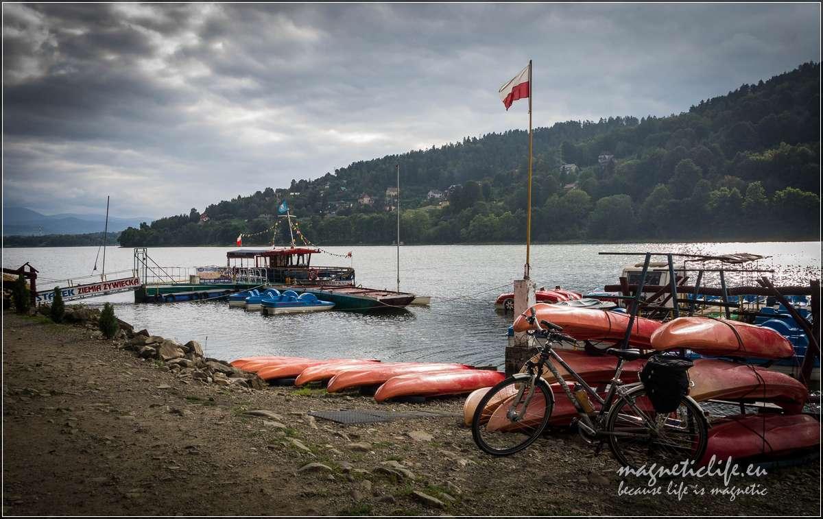 Jezioro Żywieckie, rejsy statkiem