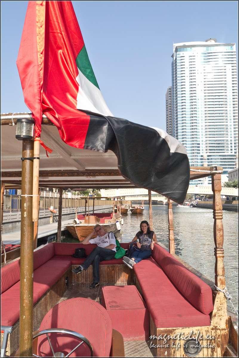 Szardża Tradycyjna łódka