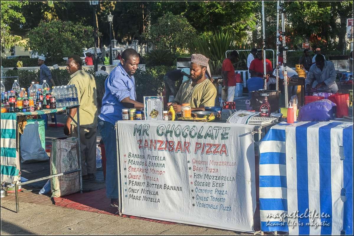 Zanzibar informacje praktyczne Jedzenie wogrodach Forodhani