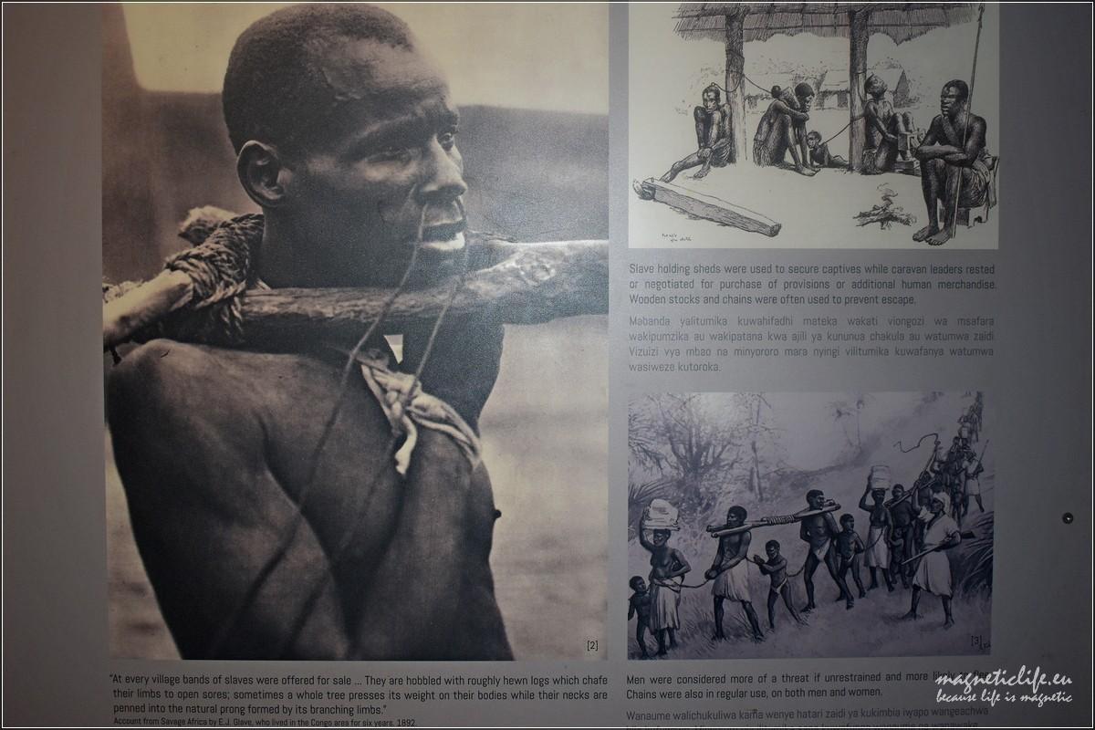 Tablica zmuzeum niewolnictwa