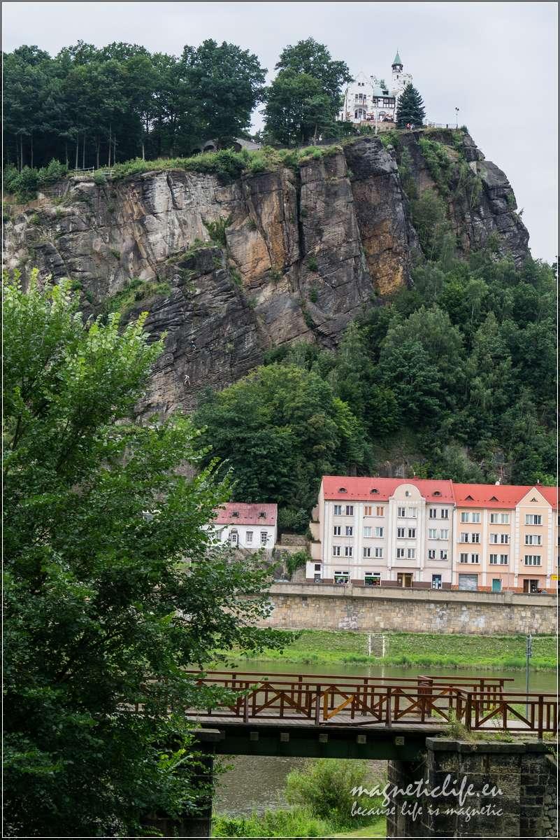 Děčín brama doCzeskiej iSaksońskiej Szwajcarii most