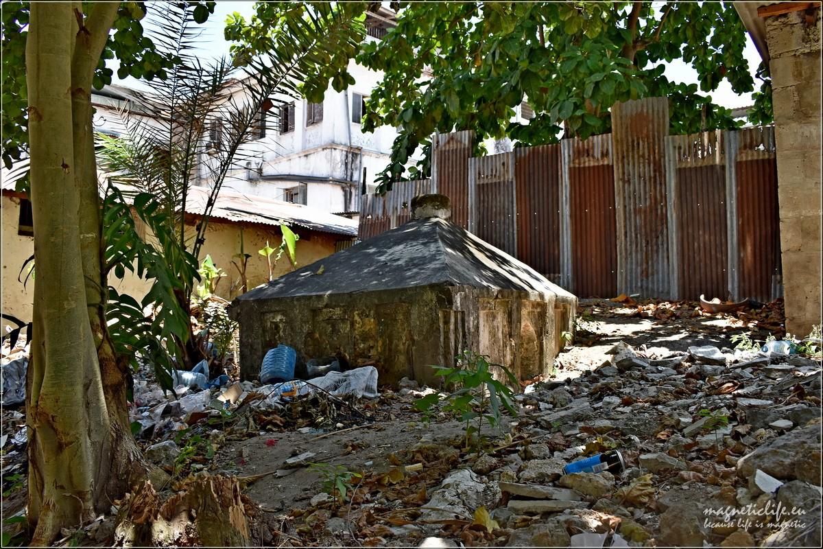 Śmieci wStone Town