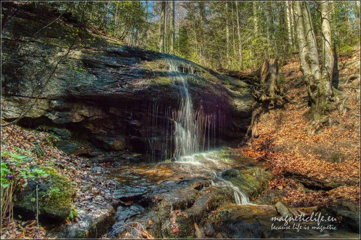 Wodospad Dusiołek wiosną