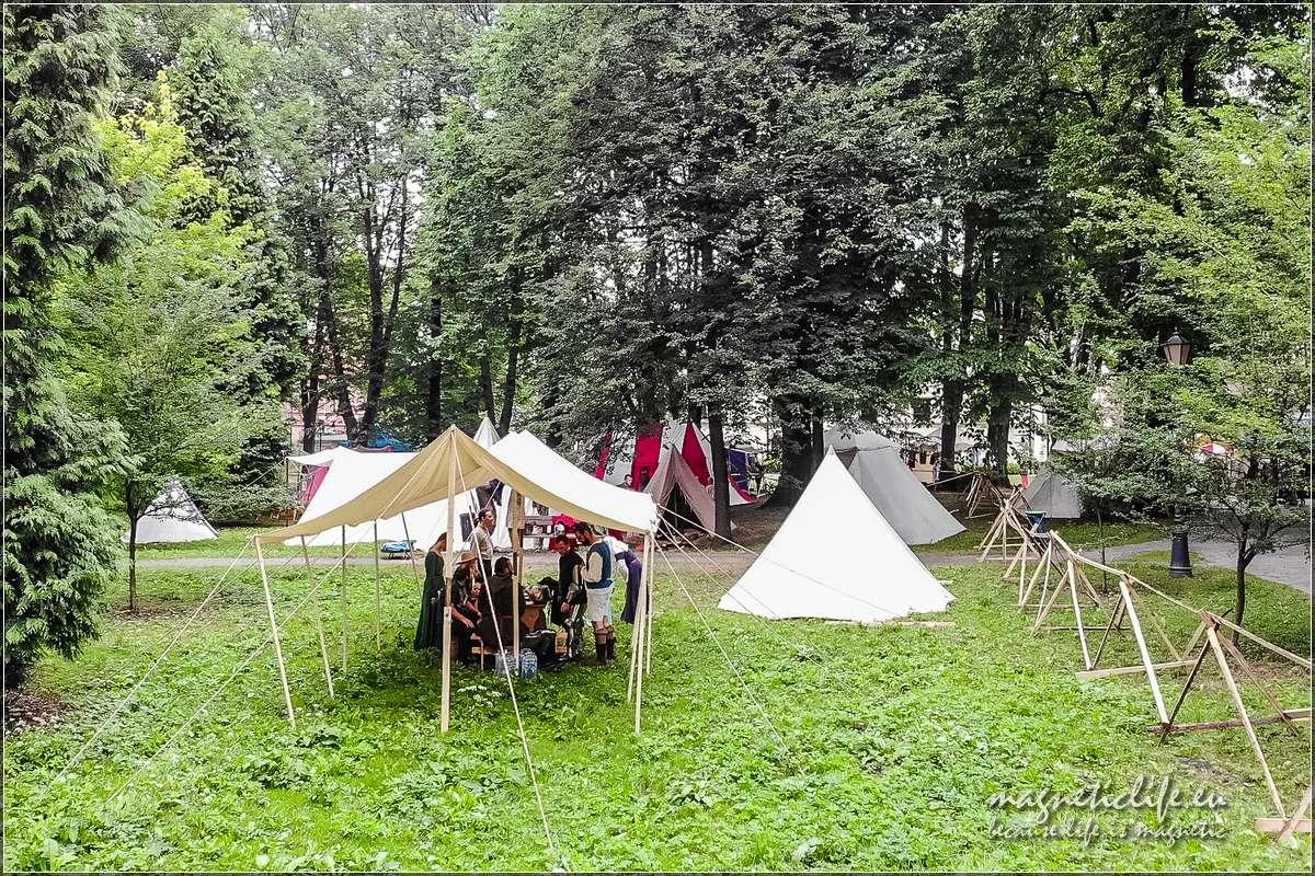 Turniej Rycerski oSkarb Skrzyńskich wŻywcu. Obóz rycerzy