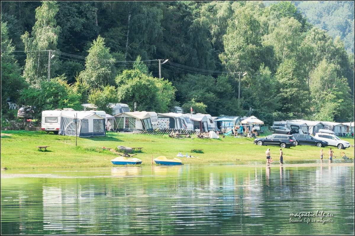 Jezioro Rożnowskie Pole namiotowe Tabaszowa