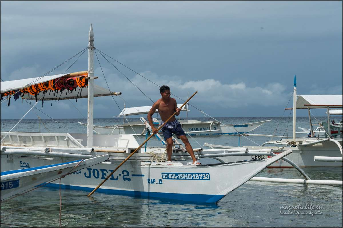 Island Hopping dopływanie dobrzegu wyspy Balicasag